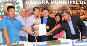Sessão Solene marcou inicio dos trabalhos do legislativo e pedido formal da Câmara para criação do PROCON no município.